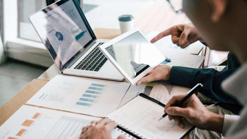 Jak ustalić opłacalność oprogramowania dla kancelarii prawnej?