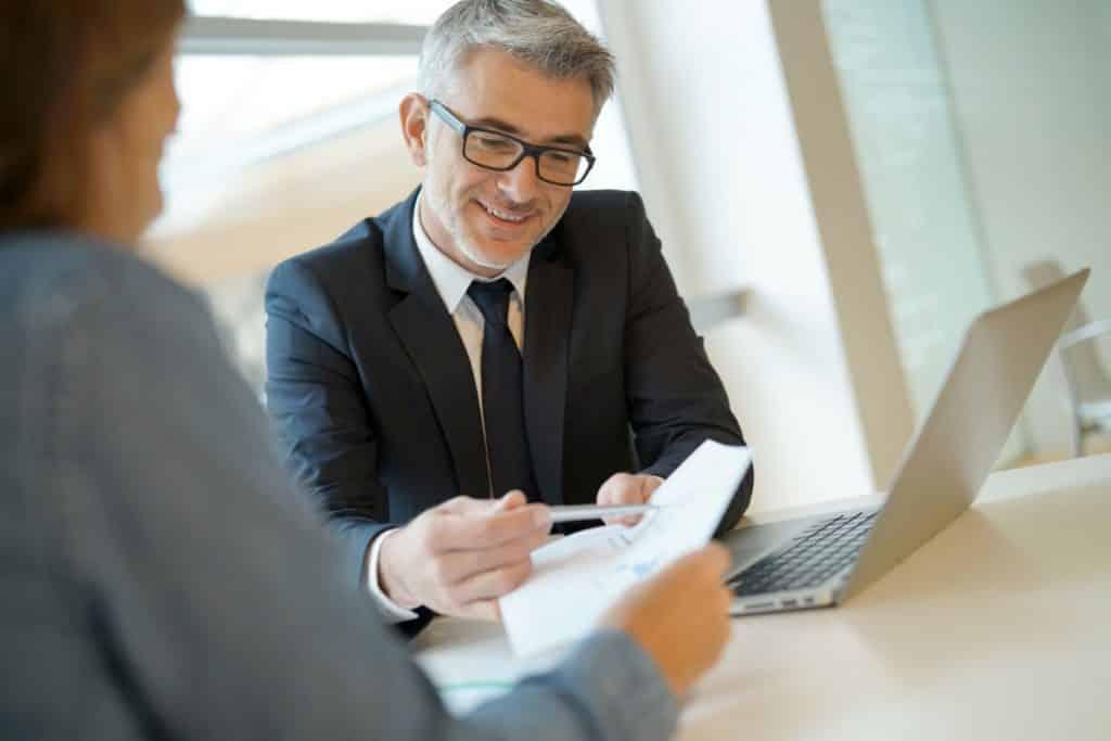 Jakie narzędzia poprawią komunikację z klientem kancelarii?