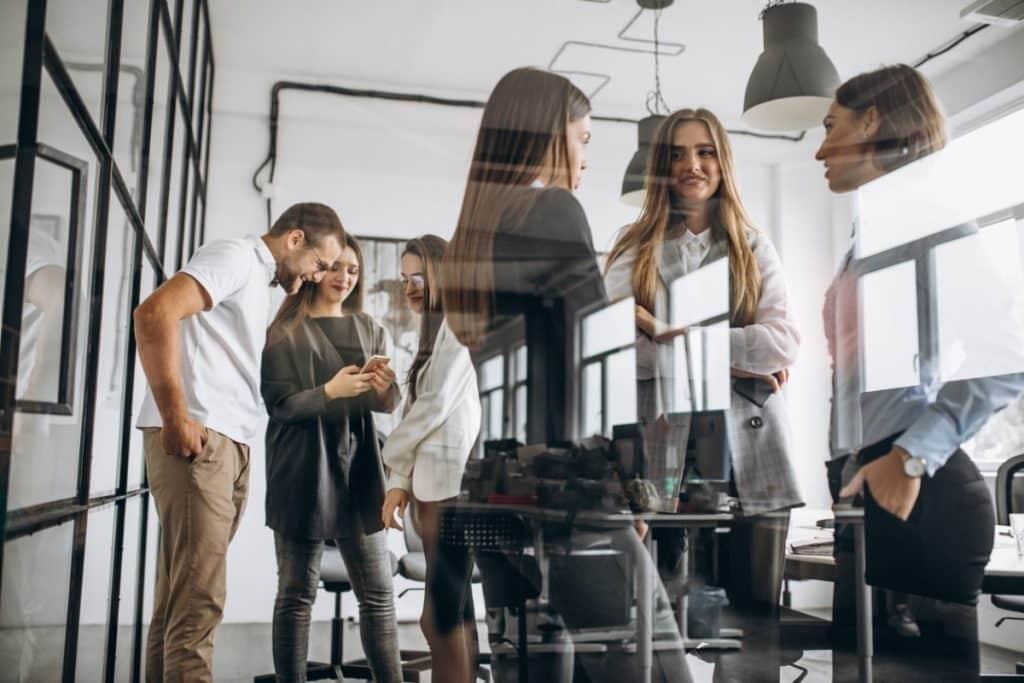Czy wydatki na spotkania z klientem można ująć w kosztach?